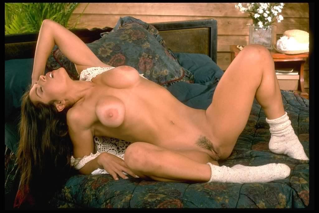 eroticheskie-galerei-bolshaya-grud